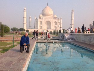 An Alien in Spain - Visits India (Agra And A Train To Varanasi)