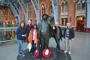 An Alien in Spain Visits - UK (London)