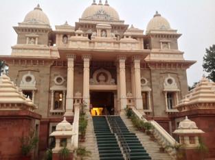 An Alien in Spain - Visits India (Chennai)