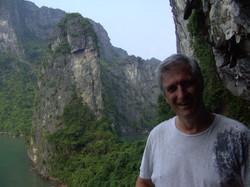 Ha Long Cave (Vietnam)