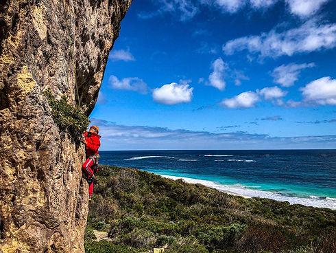 1Rock Climbing Bobs Hollow Manu REd Marg