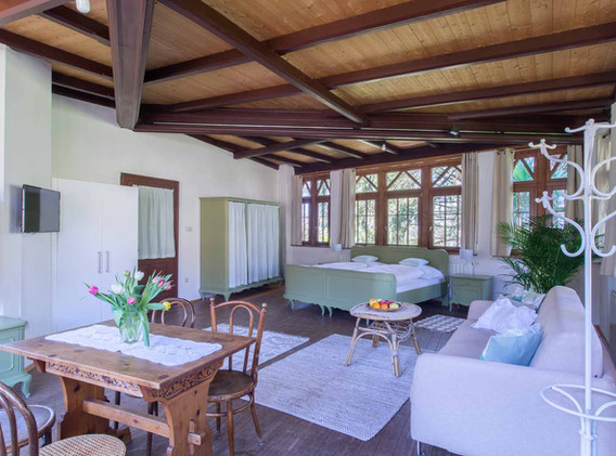 veranda_35412182042_o.jpg