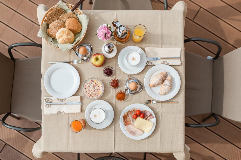Ferienwohnung mit Frühstück in Lana