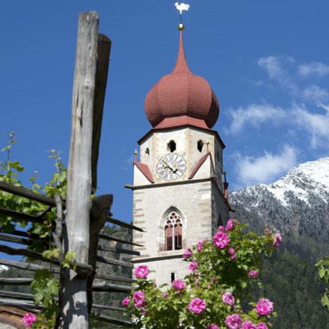 Pfarrkirche Partschins6 Helmuth Rier.jpg