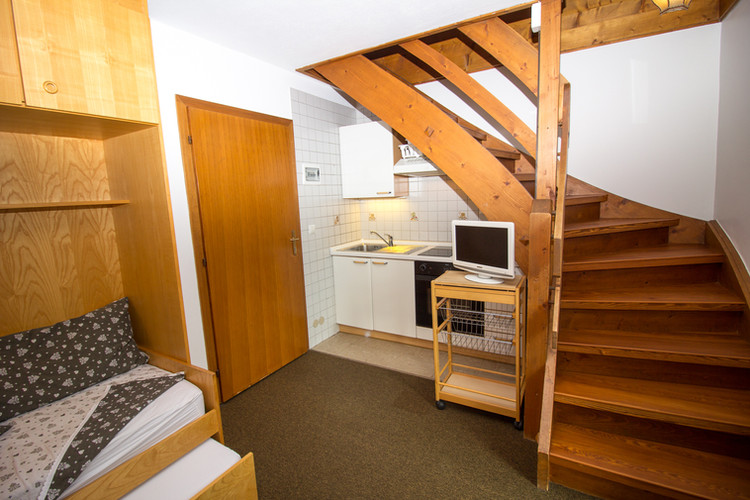 A_Chris_Appartment_A_Apartment_Karersse-