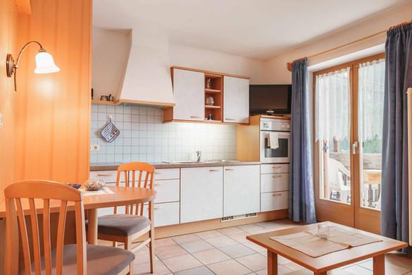 ResidenceKarnutschUltental_Veilchen1.jpg