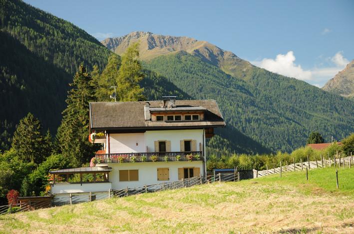 Adlerhorst_Ultental_Ferienwohnungen_Auße