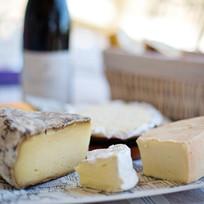 cheese-tray-1433504_1920.jpg