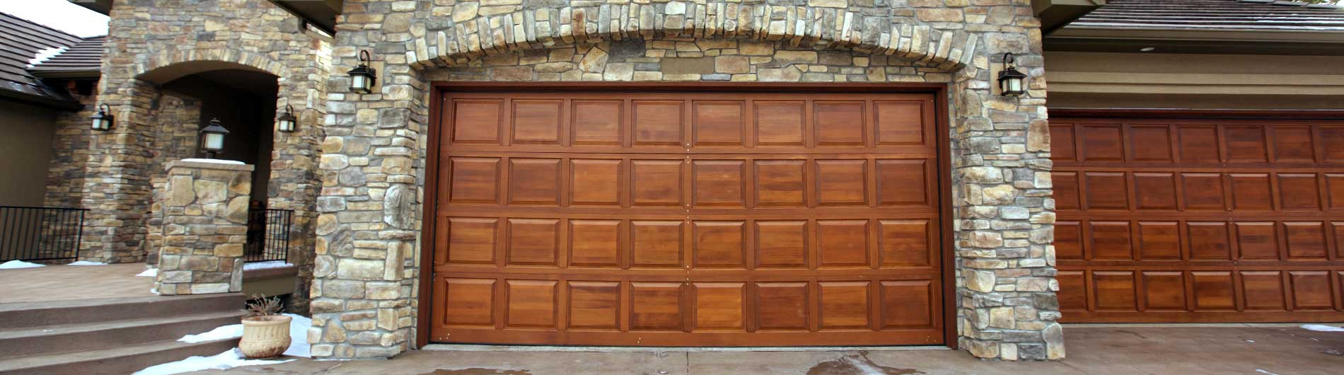 300-Wood-Garage-Door-4x8-Wood-Collection