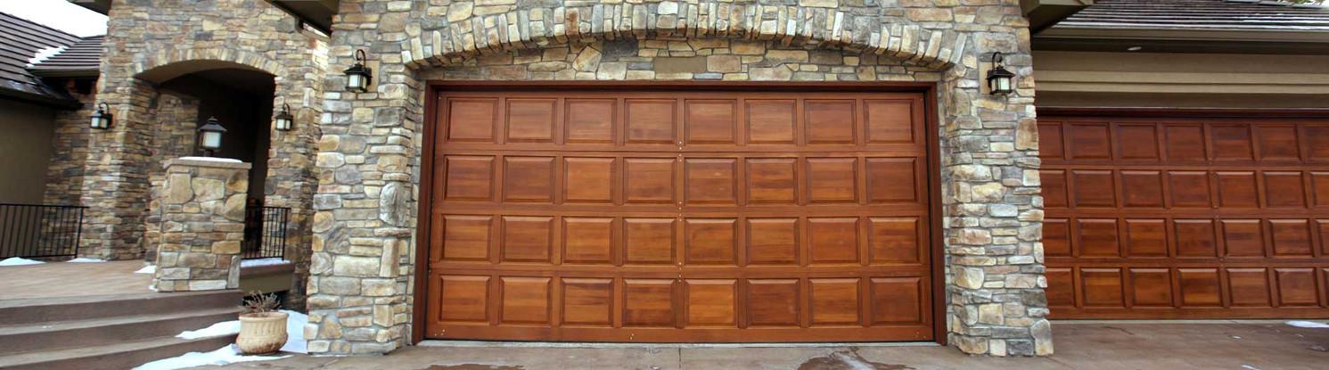 300-Wood-Garage-Door-4x8-Wood-Collection