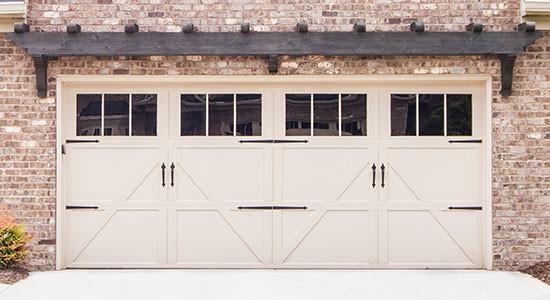 carriagehouse-steel-garage-door-9700.jpg