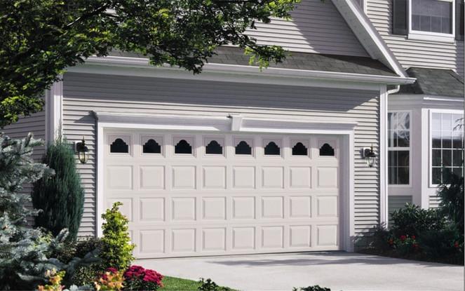 Vinyl-Garage-Doors-2.jpg