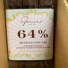 64% Schokolade € 5,30 100g