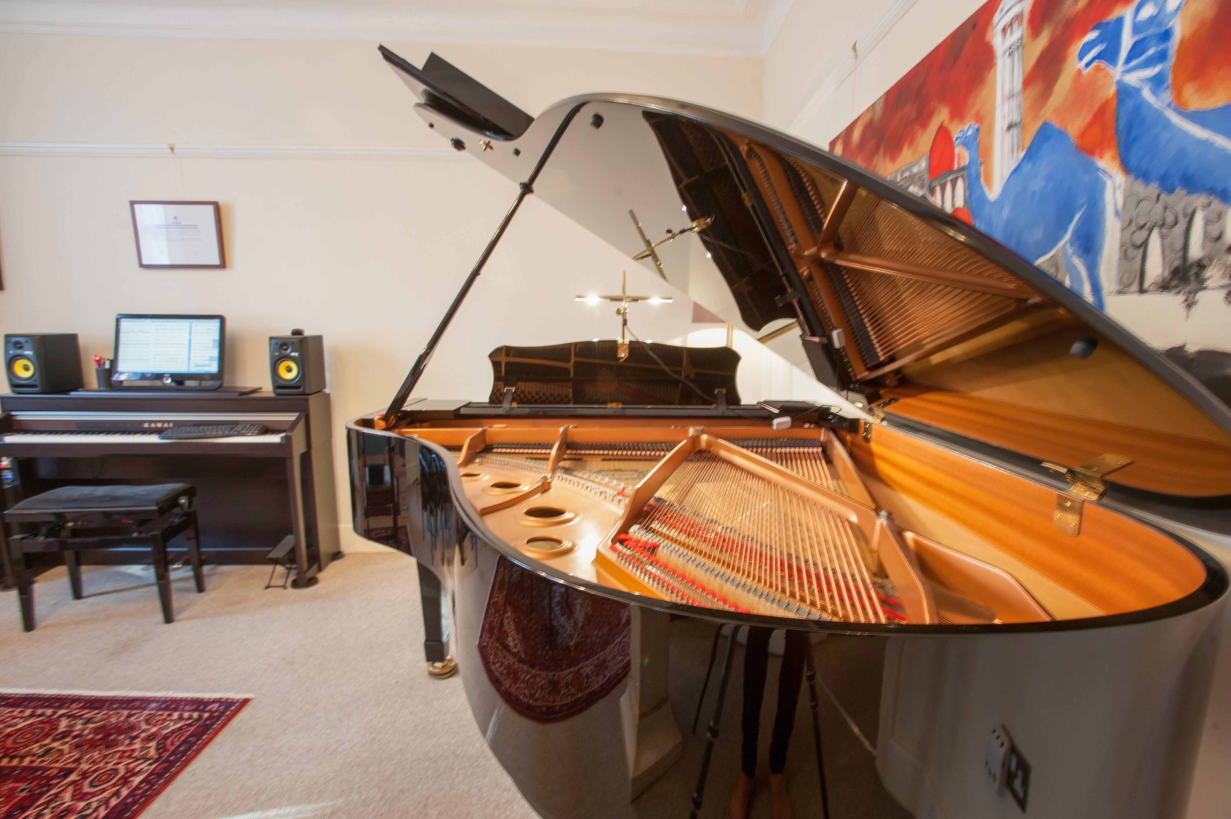 We use the same piano tuning!