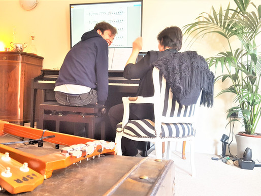 Improve your stress management through piano learning... - Piano Lessons for Beginners