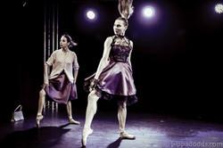 Five women - Juan Rezzuto