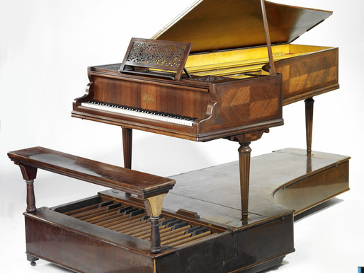 Practising on a digital piano or on an acoustic piano?