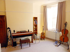 Mayfair guitar practising Room