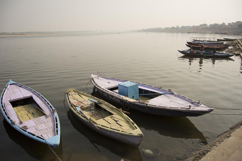 Barcas en Benarés
