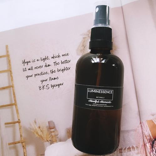 Naturalna mgiełka zapachowa  z naturalnymi olejkami eterycznymi. Wysoka zawartos 7 olejkow eterycznych ( az 10% )