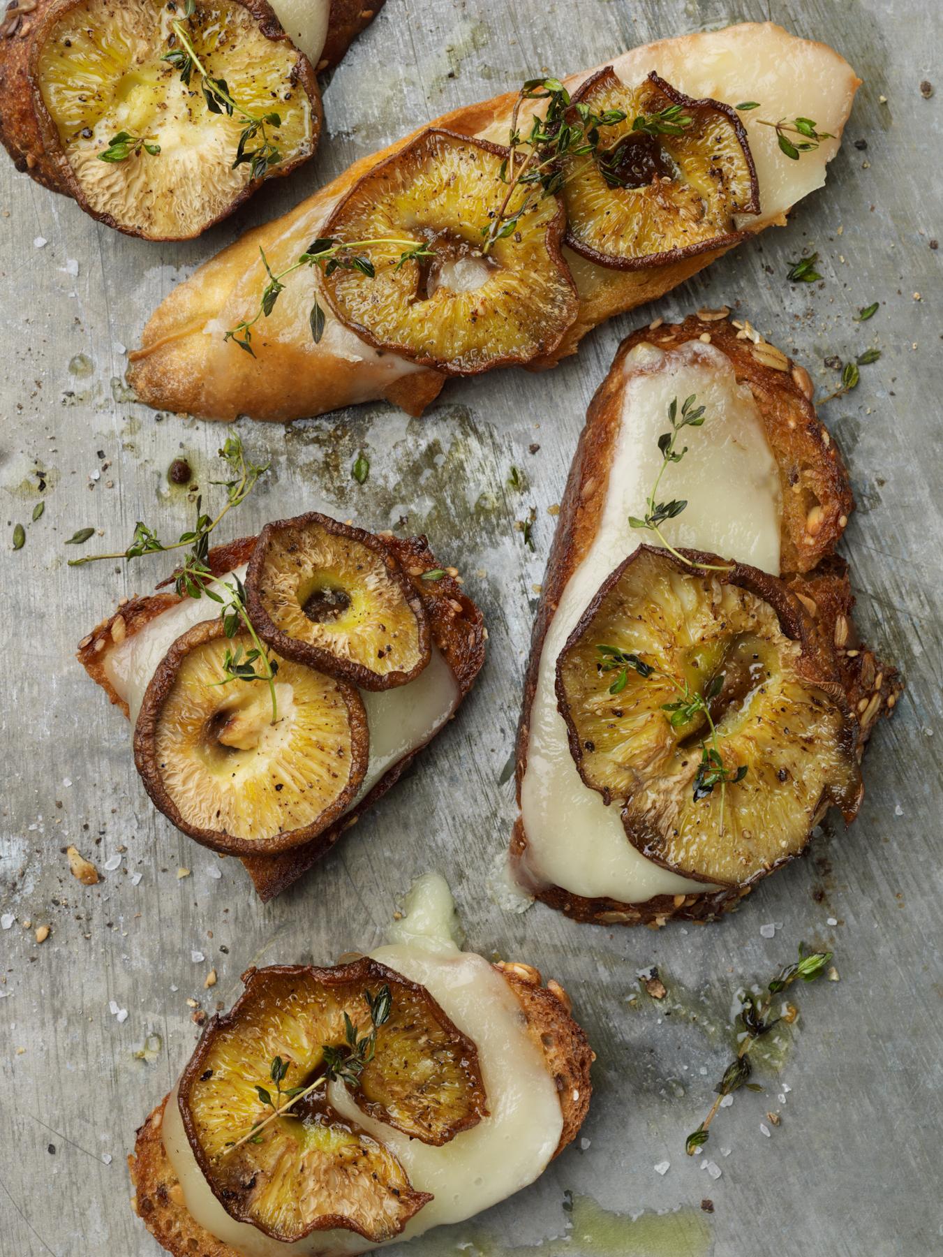 mushroom crostini with taleggio