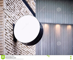 topo_signboard-shop-mock-up-display-exterior-building-round-shape-79896572