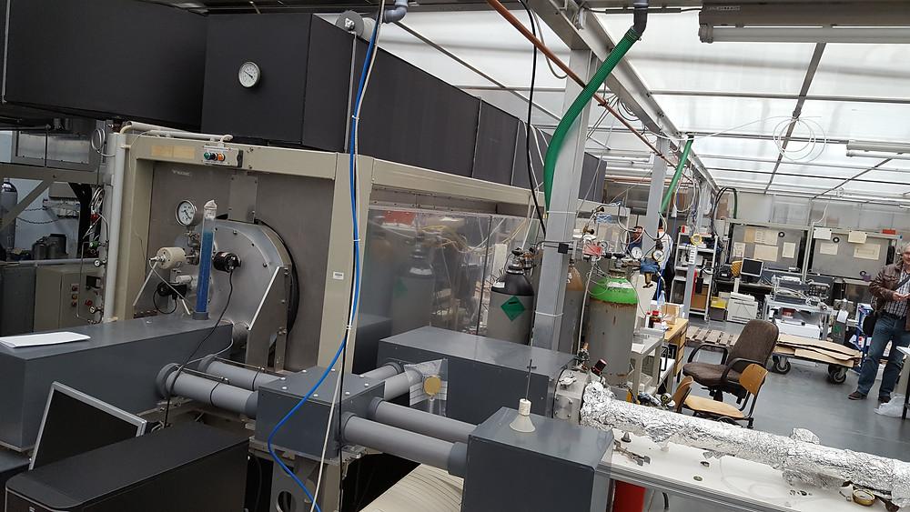 Laborumzug Krefeld, Köln