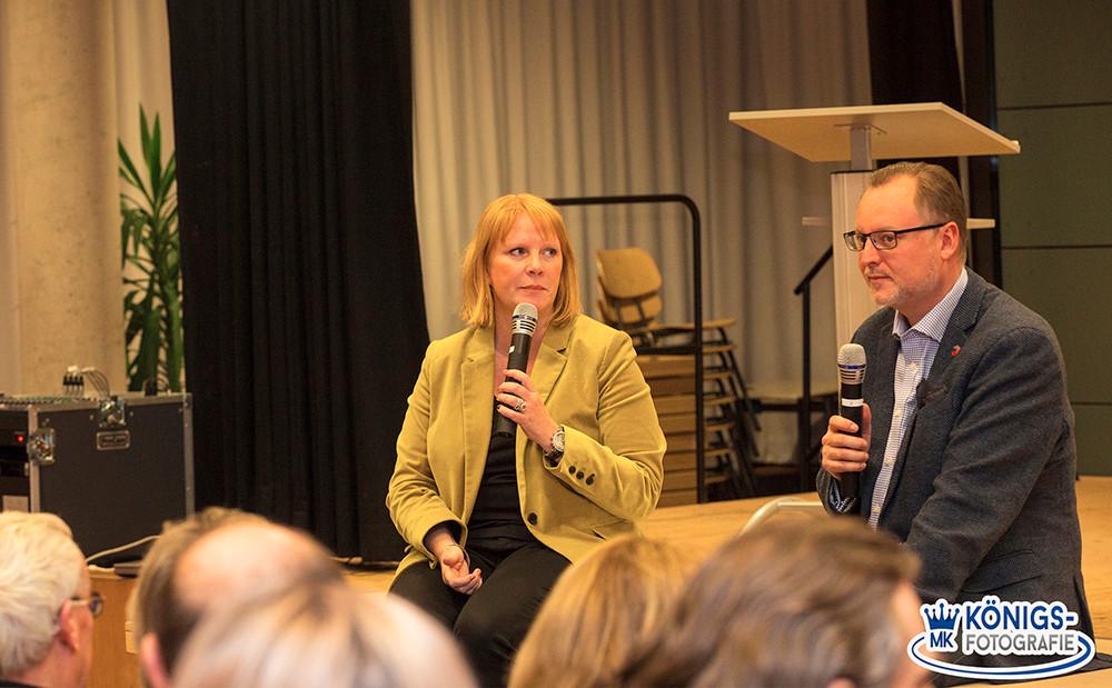 Falko Liecke und Christina Schwarzer legen Wert auf die Meinung aller Mitglieder im CDU-Kreisverband Neukölln.      Foto: Michael Königs