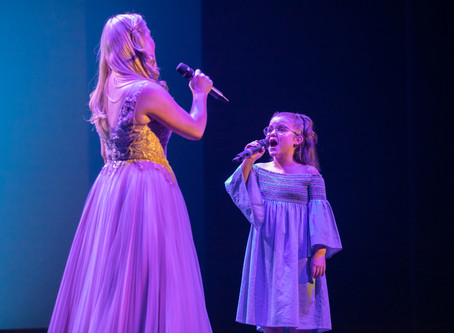 Lucy Durack performs with Zoe Foskett