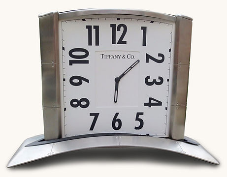 Streamerica_Airframe_Desk_Clock.jpg