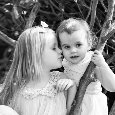 sisters family portraiture