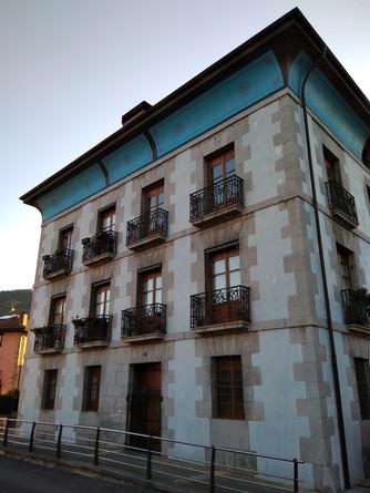 Orozkoko eraikin bereziak: Aldama edo Bengoa jauregia