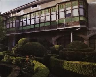 Orozkoko eraikin bereziak: Muñoz edo Ugarte jauregia