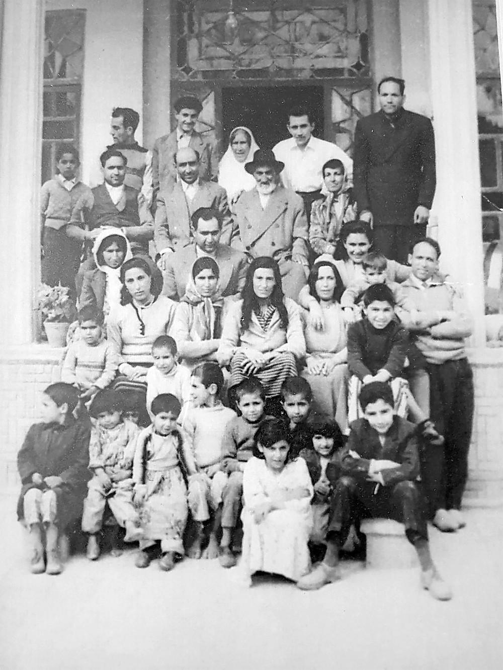 תמונה משפחתית ושורשים