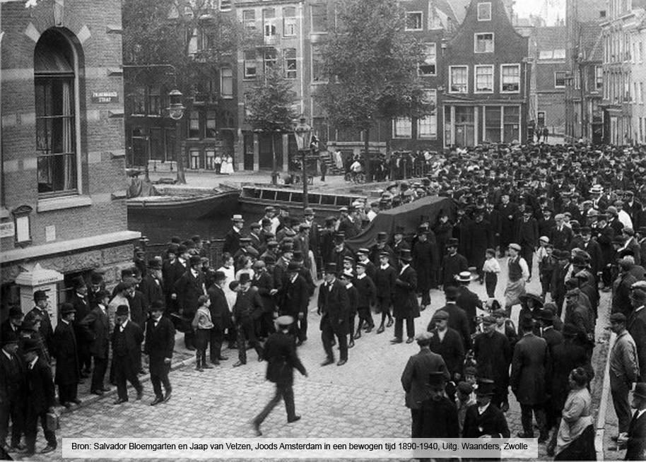 תמונה היסטורית של מסע הלוויה באמסטרדם