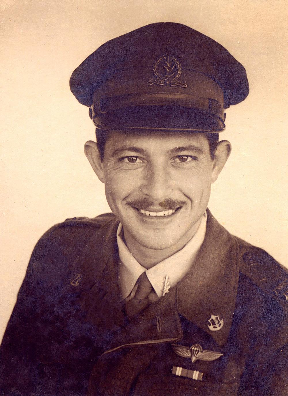 נתן סלומון, תמונה מתוך ספר הביוגרפיה שלו