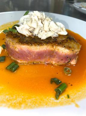 dragon tuna + crab meat