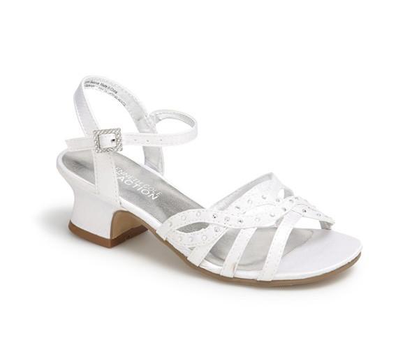 White shoe.jpg