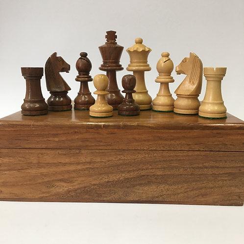 Hand gemaakte sheesham/boxwood schaakstukken in luxe houten doos