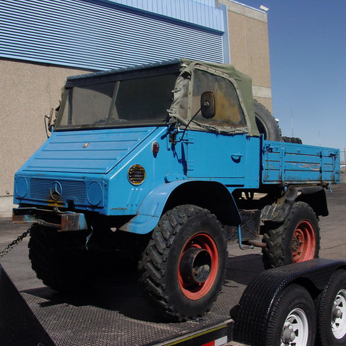 Cute Blue Unimog 411