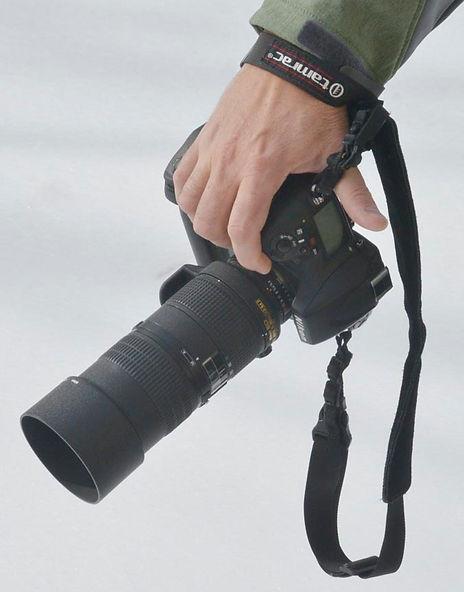 Hold camera 6.jpg