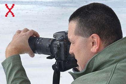 Hold camera 1.jpg