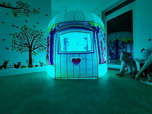 Aqua Princess sensory play tent pod luxu