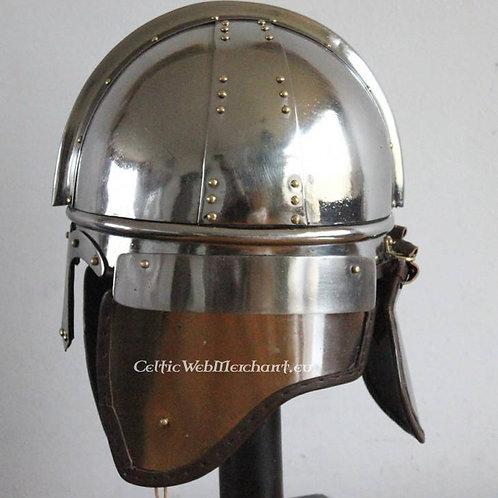 AH6715N Burgh Castle Helmet