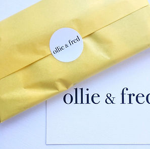 ollie and fred gift-wrapping
