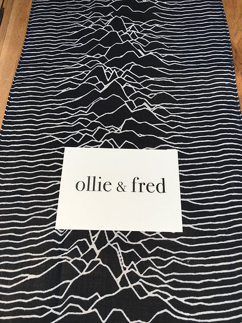 Joy Division Scarf, Unknown Pleasures Scarf, unknown pleasures gift, joy division gift,music lovers gift,music gifts for men