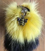 honey bee zipper.jpg