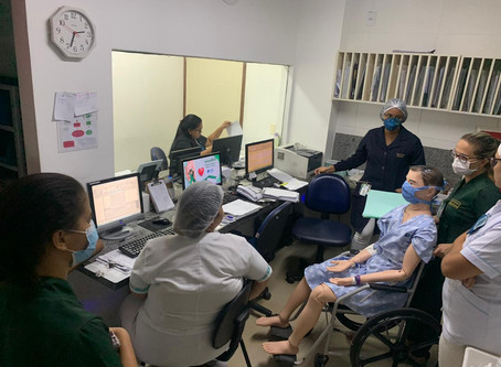 Equipe de enfermagem realiza dinâmica sobre protocolo assistencial de sepse