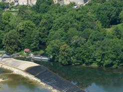 Camping de l'Oiselon,                    un cadre naturel, verdoyant, et ombragé de 9 hectares.