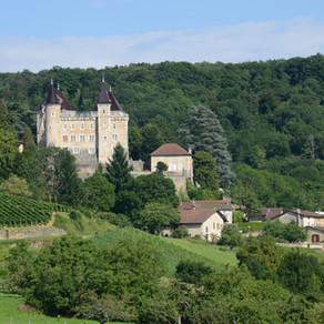 Les huit plus beaux châteaux en Cerdon Vallée de l'Ain à voir à 1h de Lyon et Genève
